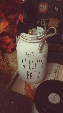 Hocus Pocus Witch's brew handmade jars painted jars vintage rustic vintage decor prim farmhouse style Halloween Sanderson Sisters Primitive Farmhouse Primitive Peddler NE Iowa Delaware County Buchannan County Gift Shops Country Gifts and Decor Little Red Schoolhouse Vintage Fall Decor Independence IA