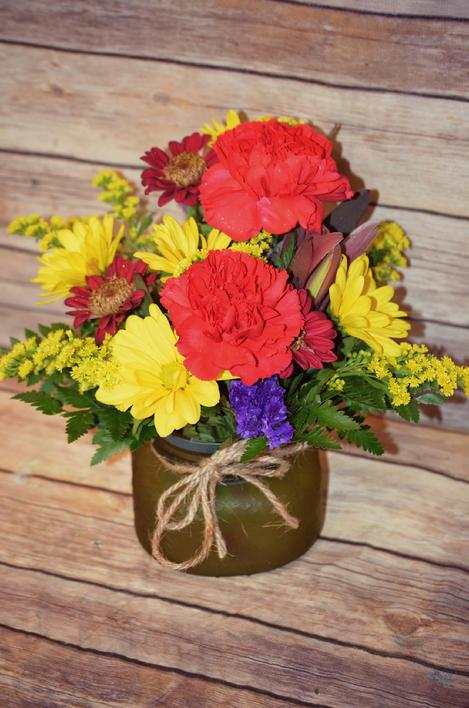 Fresh Cut Fall flowers available at Sarah's Flowers & Gifts a local flower shop in Delaware County Manchester iowa