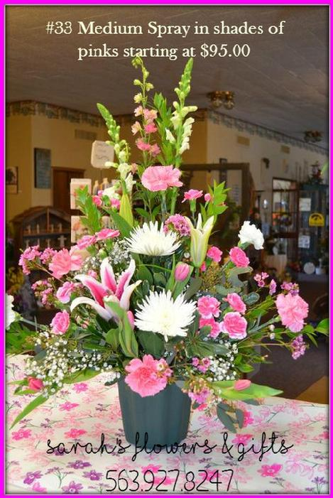 funeral flowers fresh flowers for a wake wake flowers funeral flowers Leonard Muller Bohnenkamp Murdoch Funeral Home Funeral Flowers Flowers for a wake service Manchester iowa 52057 Posy Place Sue's Flower and Garden Center Manchester White Water Park