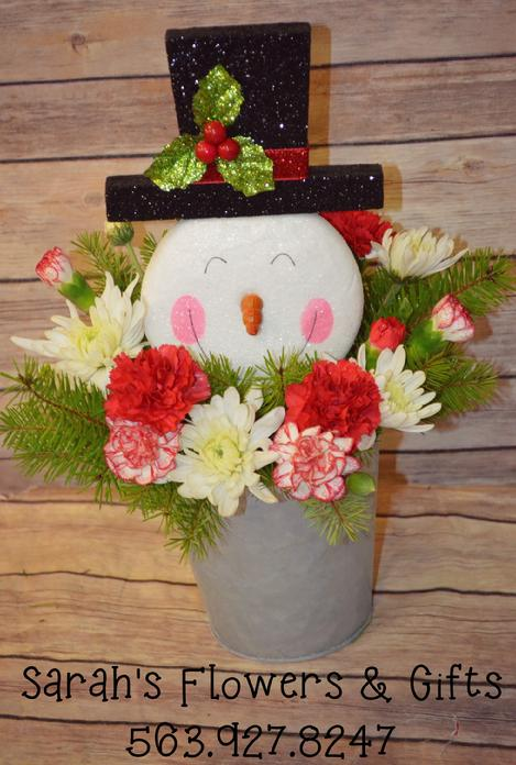 fresh cut flowers, christmas flowers, chrsitmas centerpieces, posy place, delivery , manchester iowa, leonard muller funeral home, funerals, visitations, Christmas greens, fresh christmas pine, fresh cut flowers, Good Neighbor Home, The Meadows